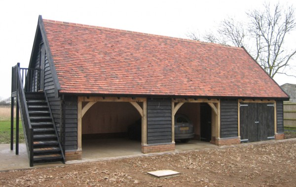 Completed three bay cartlodges