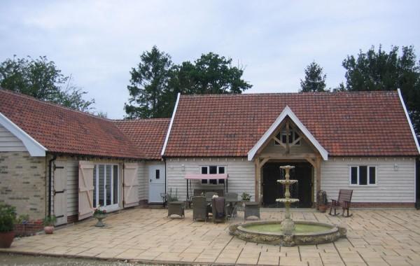 Detached annex accommodation