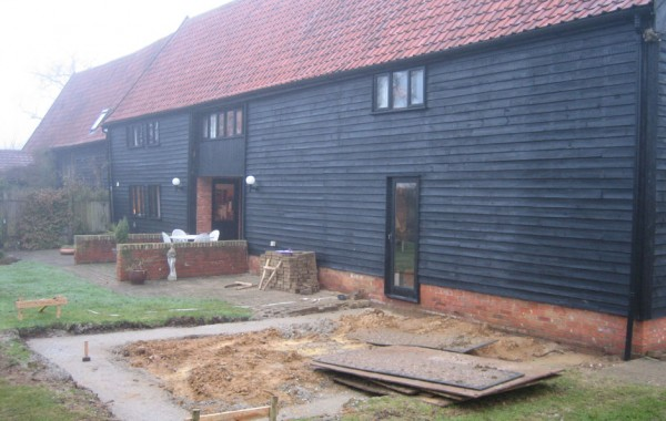 Single Storey extension on Grade II listed barn